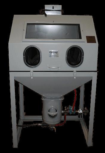 cyclone-dp38-direct-pressure-media-blast-cabinet-front-closed