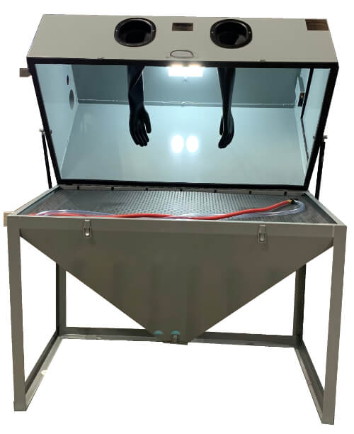 sandblaster-for-sale-cyclone-5532-Front-Lid-Open-Light-On